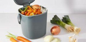 compostbakje-op-het-aanrecht