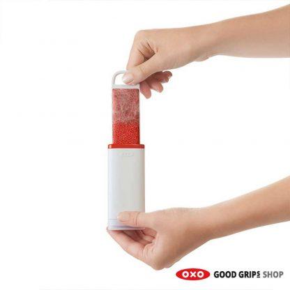 OXO Zelfreinigende Pluizenborstel On The Go